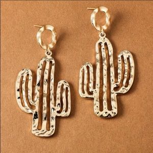 Gold Hammered Cactus Earrings